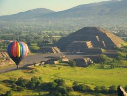 Volar en Globo Aerostático (hot-air balloon)