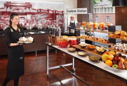 Buffet Breakfast in HQ's on William