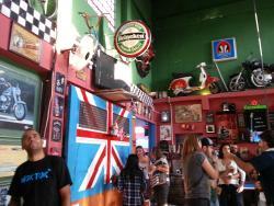 Underground Black Pub