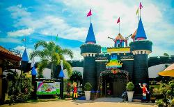 Gloria's Fantasyland