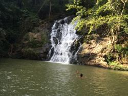 Tad Kwan Village Park & Waterfall