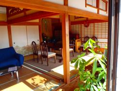 Maru Cafe