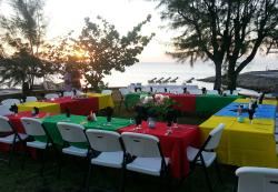 beach front wedding rehearsal buffet