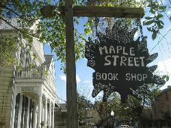 ‪Maple Street Book Shop‬