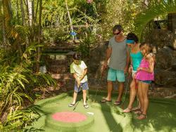 Hamilton Island Mini Golf