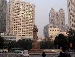 广州解放纪念像