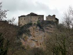 Les Chateaux de Bruniquel