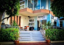 Queen's Cafe & Resto