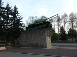 Monument Tank T-34 to Defenders of Kirishi