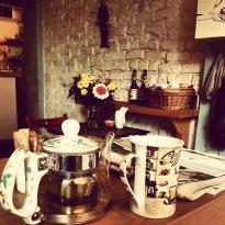 kukla cafe
