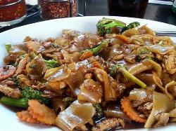 Memelas & Thai Bistro