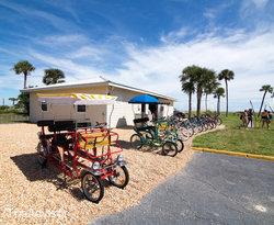Beachside Bike Rentals at the Days Inn & Suites Oceanside Hotel