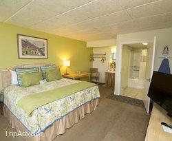 The First Floor Oceanside King Room at the Days Inn & Suites Oceanside Hotel