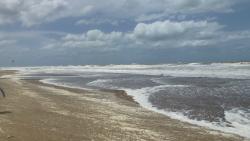 Playa de Valeria del Mar en un día con muchísimo viento y frío