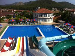 Gurol Aqua Resort Hotel & Apartments