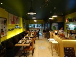 Komkom the Gallery Cafe
