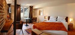 ホテル デュ ヴュー ムーラン