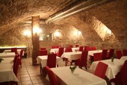 Diva Cafe & Restaurant