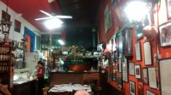 Photo of restaurant prior to filling up with customers.