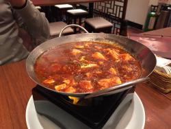 Long-Hu Dining