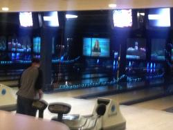 Lakeside bowling center