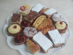 Panaderia Pasteleria Linares
