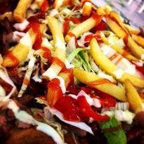 Yasmin & MoRa fast food