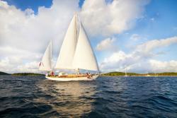 Charter Yacht Cimarron