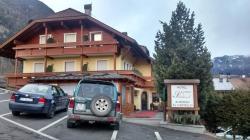 Hotel Zum Schloss - Al Castello