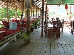 Vanpersay Restaurant