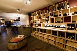 Le Bar a Vins