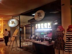J.L Gourmet Cafe