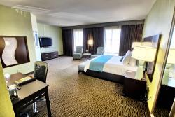 Riverwind Hotel