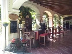 Hanna's Tea House Cafe