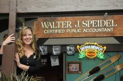 Walt's Pourhouse
