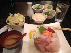 Maki & Sushi Fusion Sushi Cafe