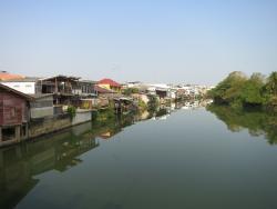 ชุมชนเก่าริมน้ำจันทบูร