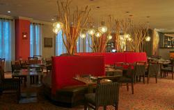 Cora's Restaurant & Bar