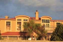 Riverton Rock Guesthouse