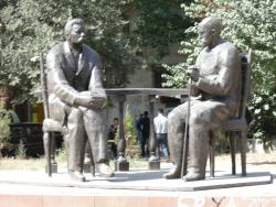 Monument to Sadriddin Aini and Maxim Gorky