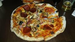 Franks Pizzeria