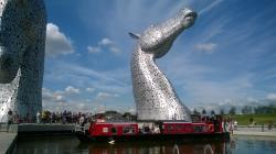 Canal boat turning below the Kelpies