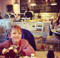 Bow-Belles Cafe