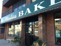 Italia Bakery