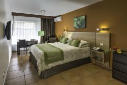Apartotel Suites Cristina