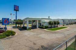 Motel 6 Waco South