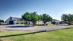 Motel 6 Shawnee