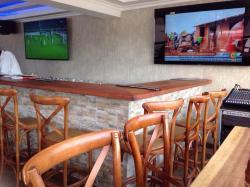 1824 Whiskey Bar & Lounge