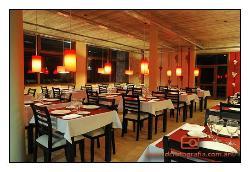 Rosso Risto Bar
