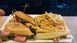Pub Club and truffle fries